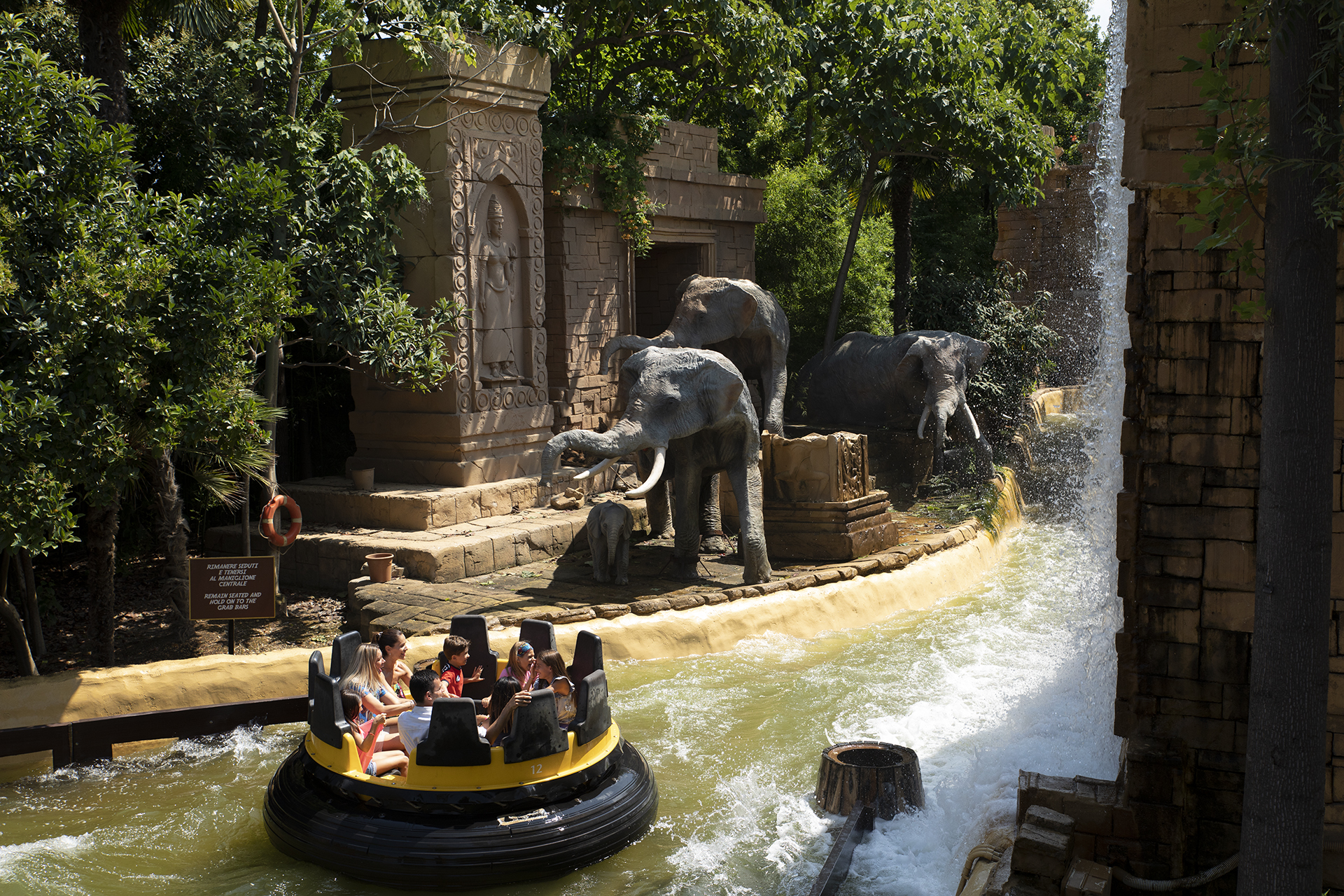 Gardaland Park - Jungle Rapids - Cascata